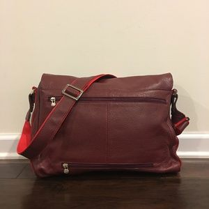 Adriano Firenze Bags - NWOT-Adriano Firenze - Tuscany Message Bag-Unisex a6cd0046c18d1